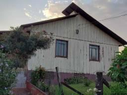Vende-se Casa de Madeira Dupla para retirar do local