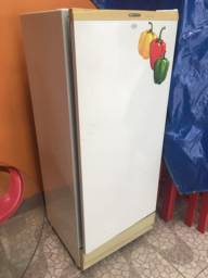 Freezer Brastemp semi novo