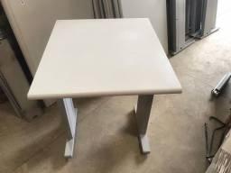Mesa para notebook confira 120,00