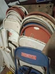 Lote de cadeira de ferro