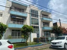 Apartamento 3/4 com dependência completa - Brotas - 146m2
