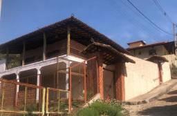 Linda Casa 3Q no centro de Moeda-MG