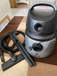 Aspirador electrolux a10n1 - pouquíssimo uso!