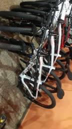 Bikes de carbono com liquida total