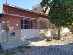 Casa com 03 quartos e área gourmet em Marataízes
