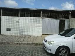 COD C-74 Casa no Bairro Do Mangabeira com 3 quartos bem localizada