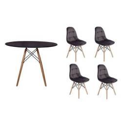 Mesa com 4 cadeira Eiffel botone ou cristal