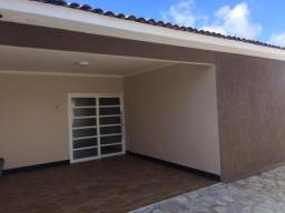 COD C-43 Casa no José Américo 3 quartos bem localizada