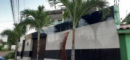 Casa com 4 quartos | 300m² | piscina