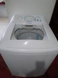 Máquina de lavar 11KG Eletrolux