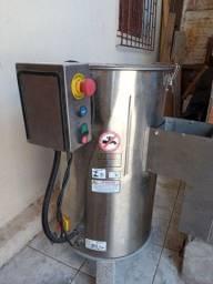 Vendo uma Máquina de Descascar Legumes, Marca SKYMSEN ( ZAP * )