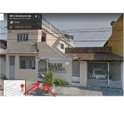 casa na rua 4, - Jd. Catarina (velho) - próximo ao posto de saúde