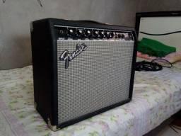 Cubo Fender Frontman 25r