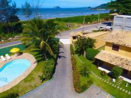 Casa de Praia condomínio em frente ao mar