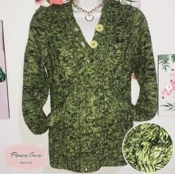 Blusa de lã com capuz e bolsos frontais / Parcelamos no cartão