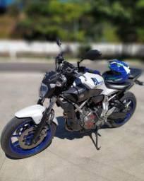 Yamaha MT 07 impecável 15/16