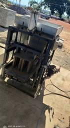 Máquina de bloco pneumática
