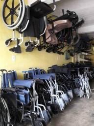 Conserta-se cadeiras de rodas e de banho