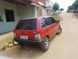 Vendo um Fiat Uno conservado vendo o troco - 2002