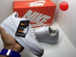 4dbec0942 Tênis Nike air force branco preto feminino masculino infantil promoção