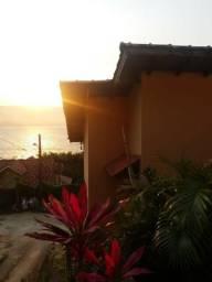 Casa com linda vista para o Mar no Ribeirão da ilha, próx a praia!