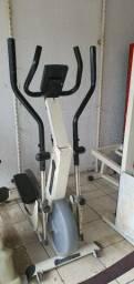 Oportunidade.. Elíptico/ Bicicleta/Aparelho abdominal