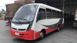Excelente veículo - Microonibus VW 8150