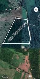 12 ou 06 hectares de terra...
