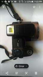 Câmara Sony DSC-H7