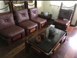 Conjunto de madeira maciça para sala