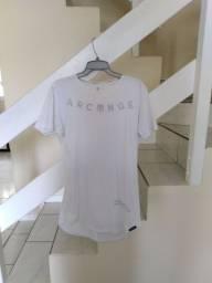 Camiseta Archange tamanho G