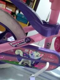 Bicicleta semi novo para crianças