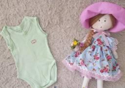 Roupinhas semi novas para menina bebé