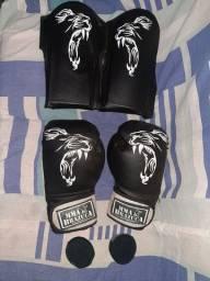 Vendo kit de Muay thay e de MMA