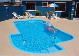 Algicidas, Floculantes, cloro e produtos de manutenção  limpeza para piscina.