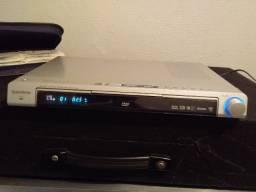 Vendo amplicador e dvd da gradiente 175 wats rms