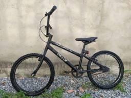 Bicicleta Caloi experto aro 20
