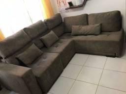 Sofa com chaise e encosto retratil