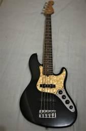 Baixo Fender Jazz Bass V American Deluxe