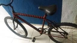 Bicicleta boa vermelha 180,00