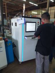 Máquina de corte a laser para cortar tubos e chapas de metal fibra