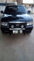 S10 Blazer 98 Diesel,2.5 Maxion,vendo troco