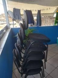 Cadeira fixa de ferro