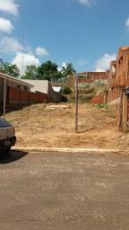 Vende-se terreno 10x33, valor R$ 60.000,00