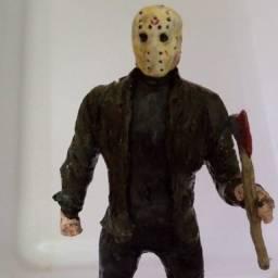 """Action figure Jason Voorhees (filme de terror """"sexta feira 13"""")"""