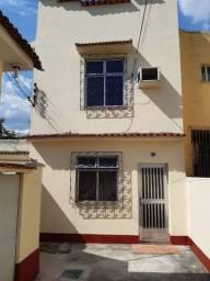 Casa próxima a Praça Patriarca em Madureira