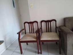 Duas cadeiras colonial