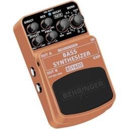 Pedal para contrabaixo Behringer BSY600 Bass Synthesizer