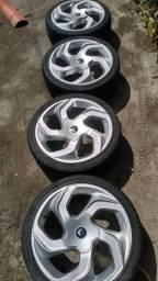 Jogo de roda aro 17 5/100 com pneus novos 205/40