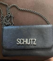 Bolsa preta da Schütz
